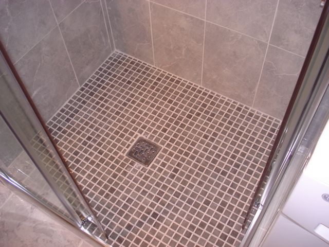 bathroom 02