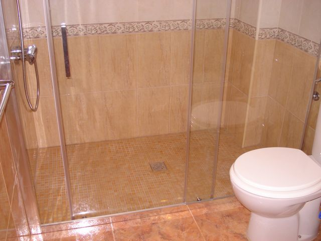 bathroom 12