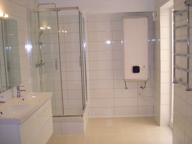 bathroom 15